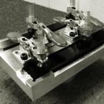 アルミ押出し形材 加工治具